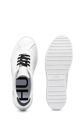 Low-top trainers in grained leather with contrast details, White