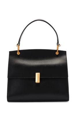 Bolso de mano de piel italiana con detalles metálicos de la marca, Negro