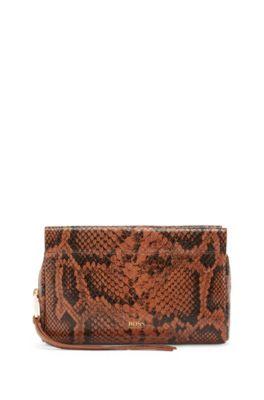 Bolso mini en piel de becerro con estampado de serpiente, Marrón