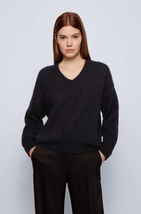Oversized-fit V-neck sweater in an alpaca blend, Black