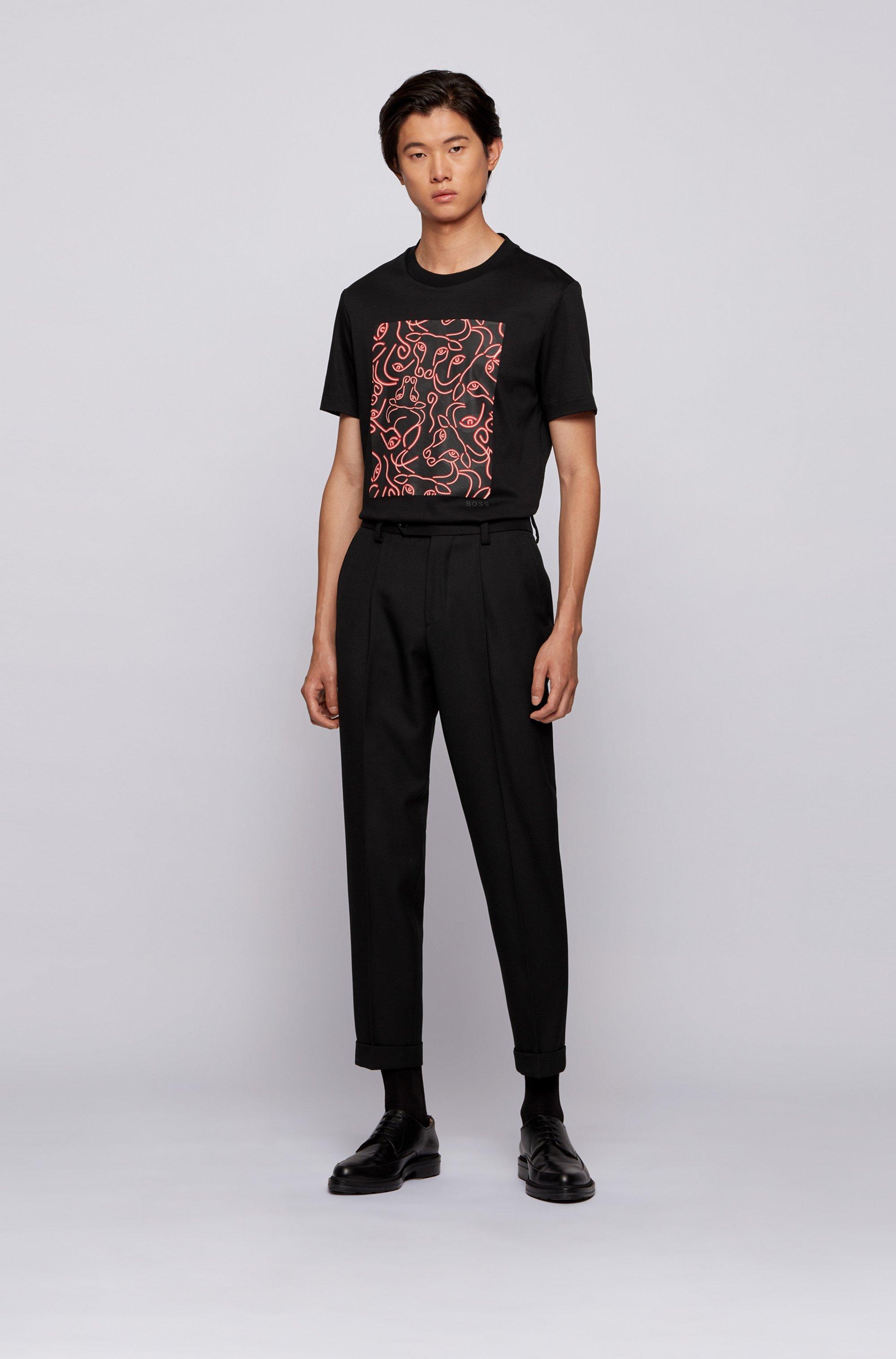 Slim-fit T-shirt van katoen met kunstzinnig ossenkopdessin