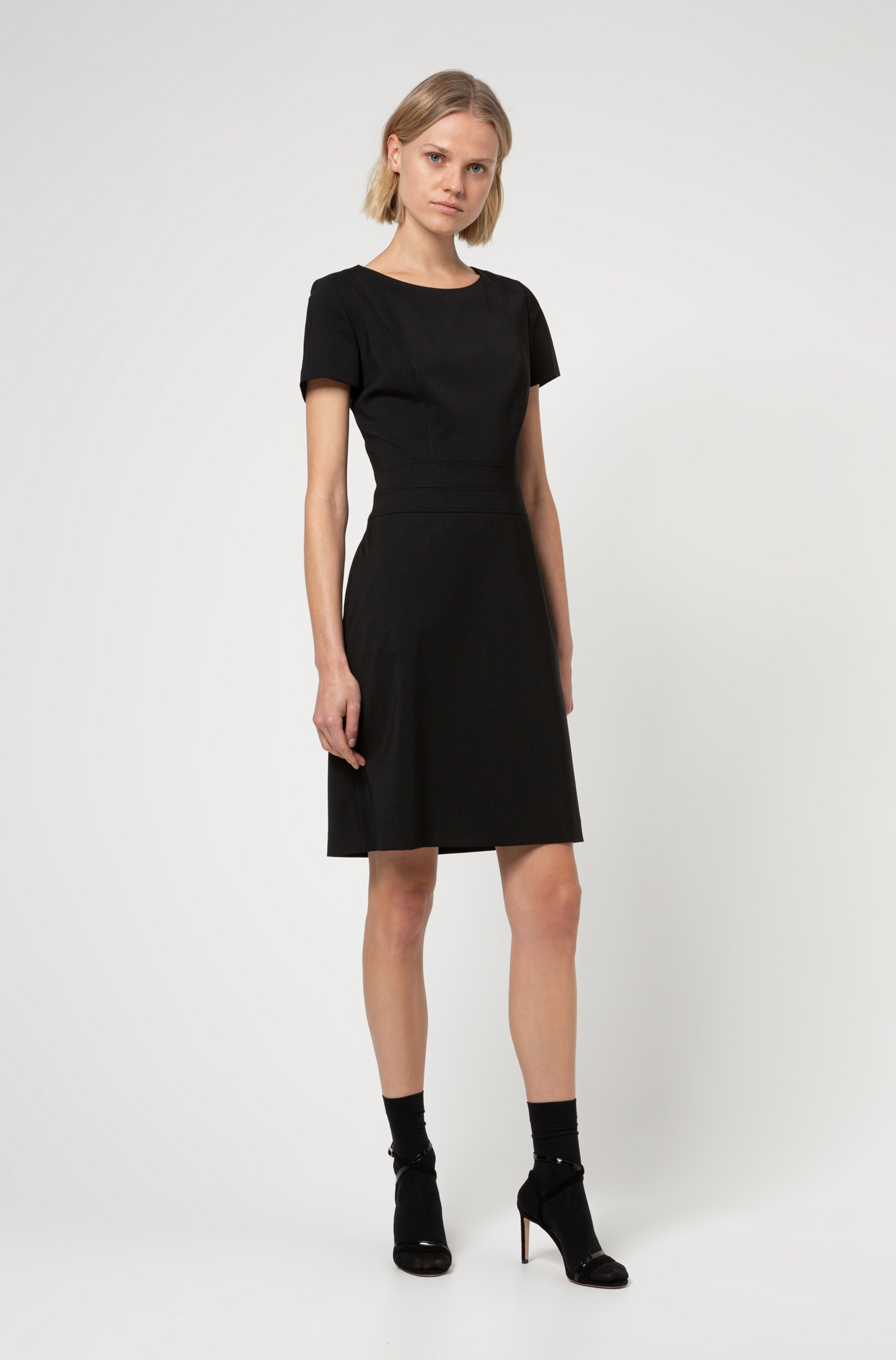 Short-sleeved shift dress in worsted stretch virgin wool