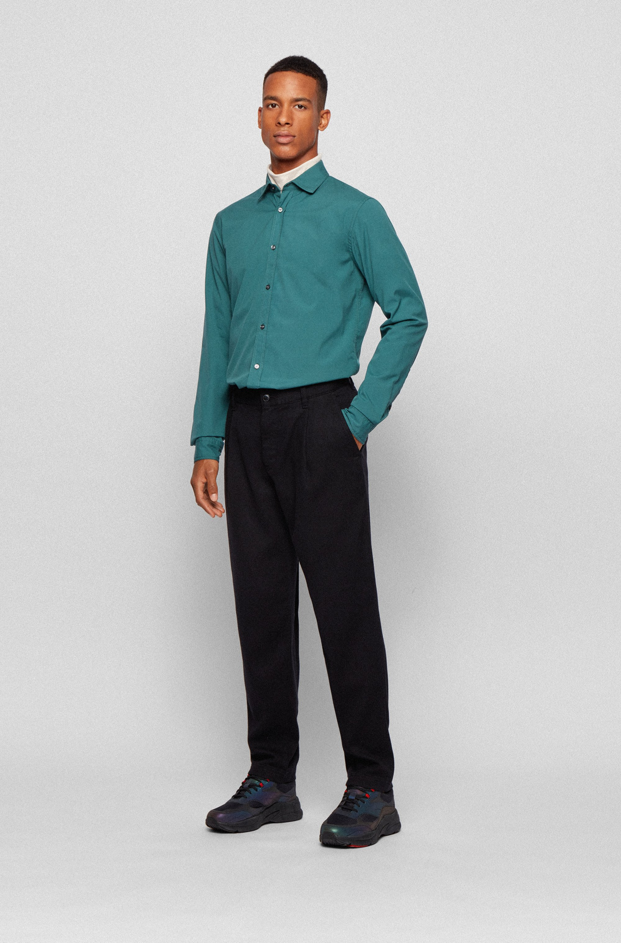 Slim-fit shirt in mercerised stretch cotton
