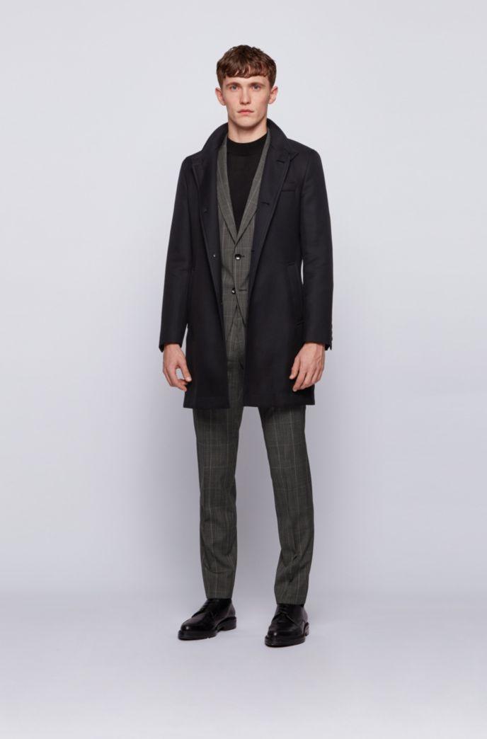 Slim-fit coat in water-repellent cotton