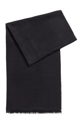 Fringed-edge pashmina in a virgin wool and silk blend, Black