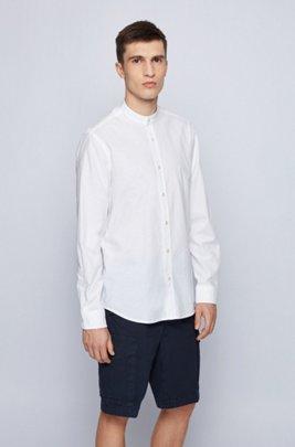 Chemise Regular Fit à col officier, en coton à la finition peau de pêche, Blanc