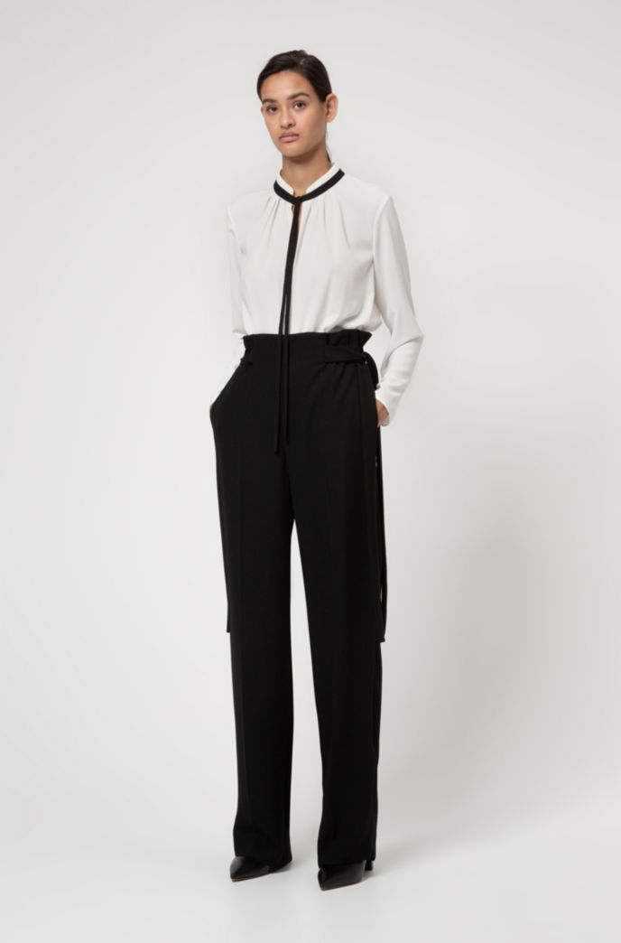 Long-sleeved top with contrast tie-up detail