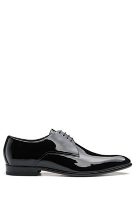 Derby shoes in patent leather with rubber-injected sole, Black