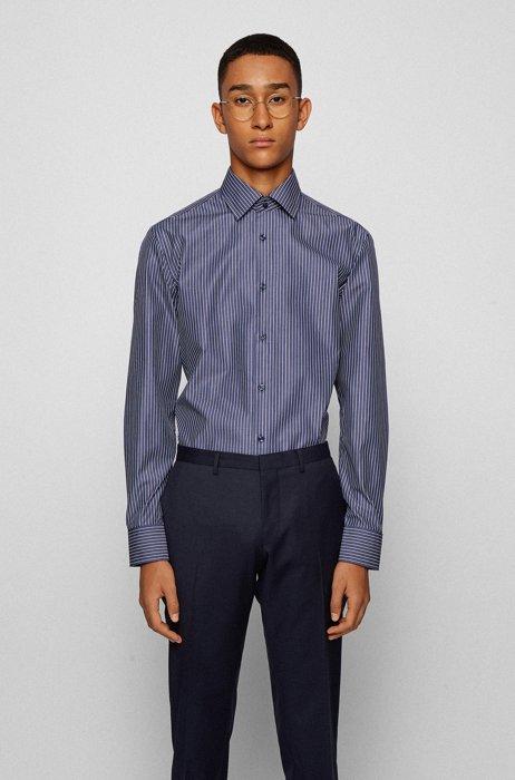 Camicia slim fit in cotone facile da stirare con righe a bastoncino, Blu scuro