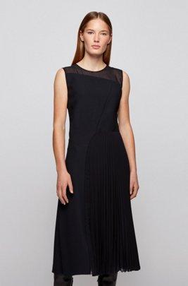 Sleeveless crepe dress with plissé pleats, Black