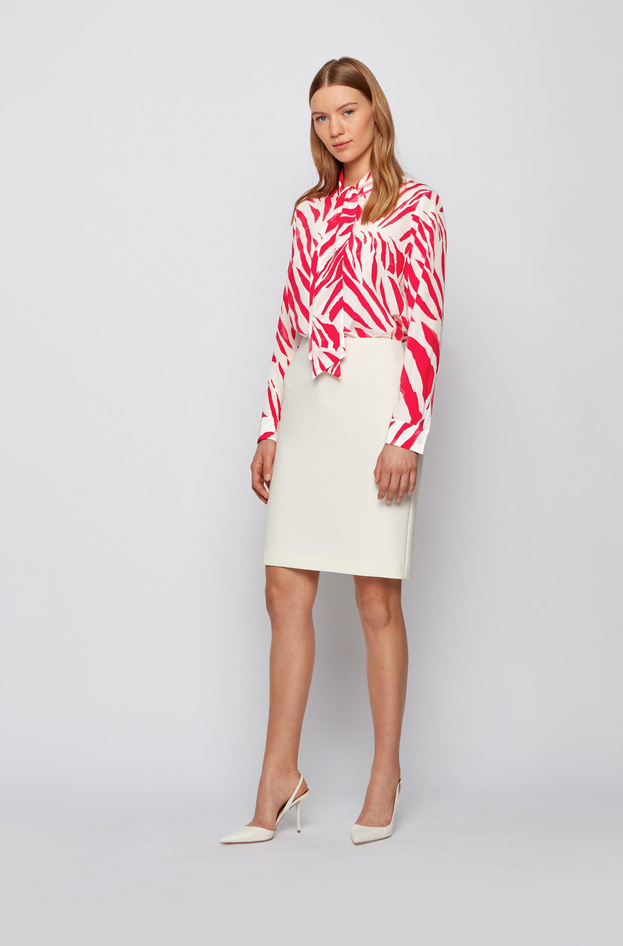 Regular-fit blouse van zijde met print en strikhals