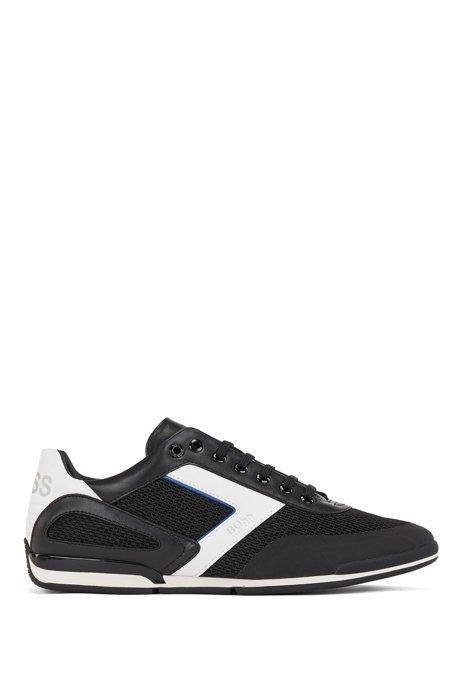 Sneakers ibride con dettagli riflettenti e logo sulla linguetta posteriore, Nero