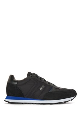 Retro-inspired running trainers with suede trims, Black