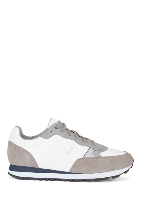 Retro-inspired running trainers with suede trims, Light Grey