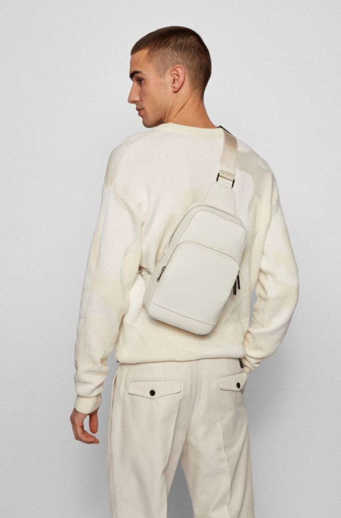 Single-strap backpack in grained Italian leather
