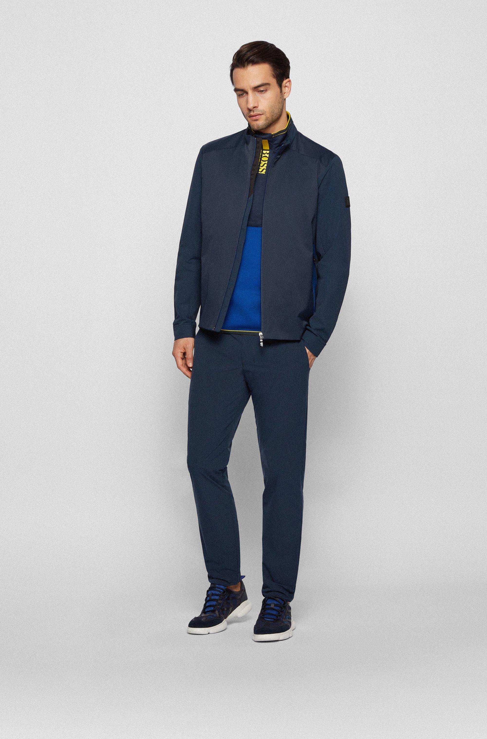Wasserabweisende Regular-Fit Jacke mit Logo-Artwork