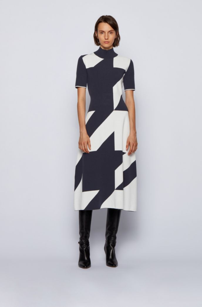 Knitted dress with large-scale houndstooth check