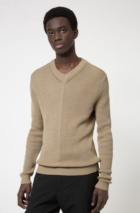 Slim-fit knitted sweater in cotton and linen, Beige