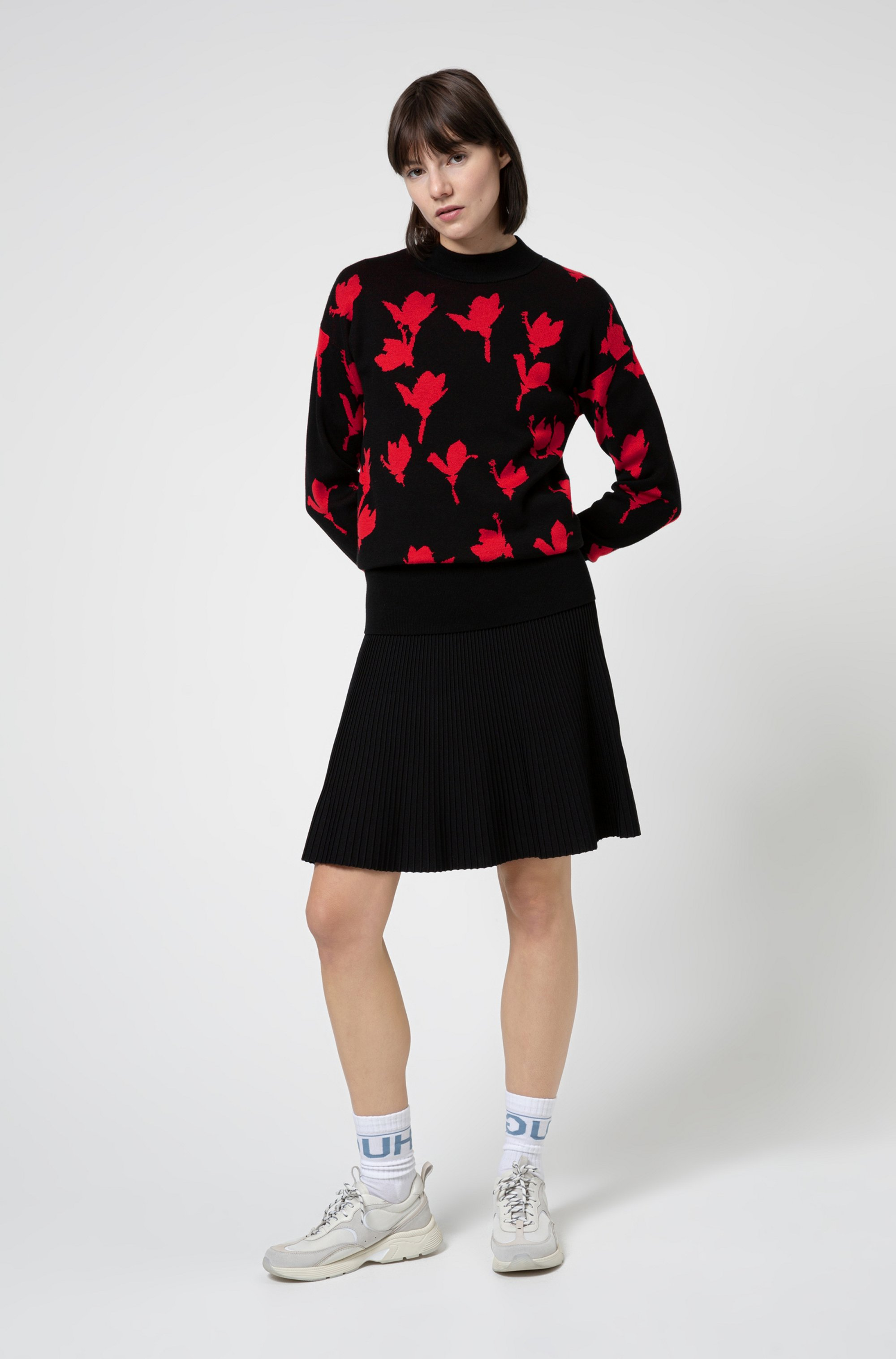 Knitted fit-and-flare dress with plissé skirt