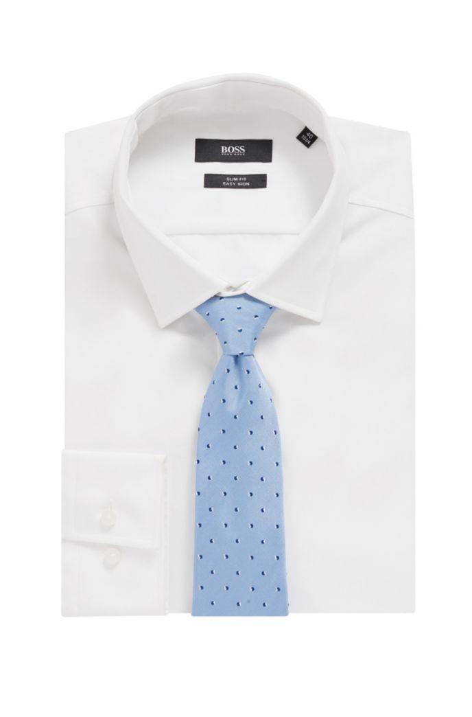 Micro-patterned tie in water-repellent silk