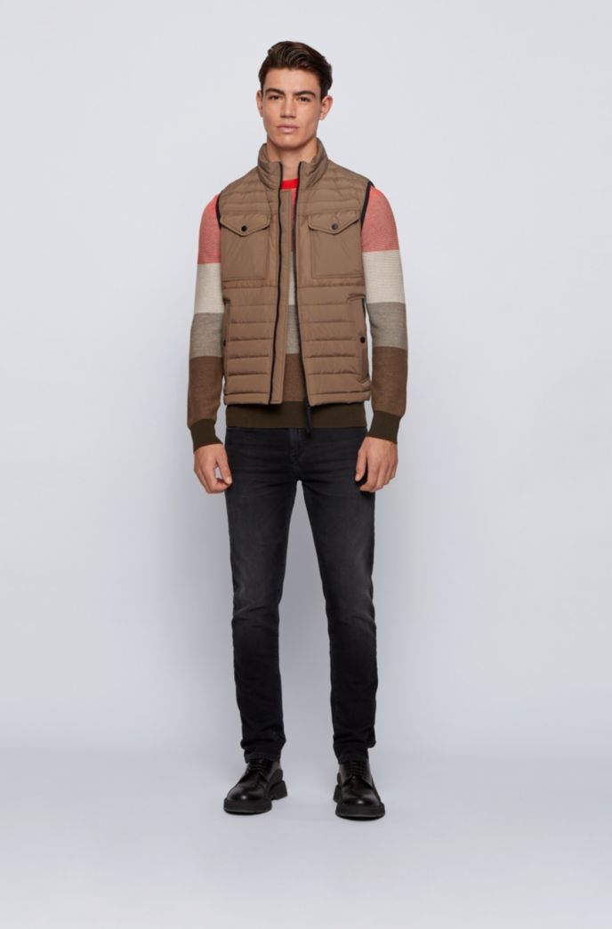 Water-repellent down gilet with patch pockets