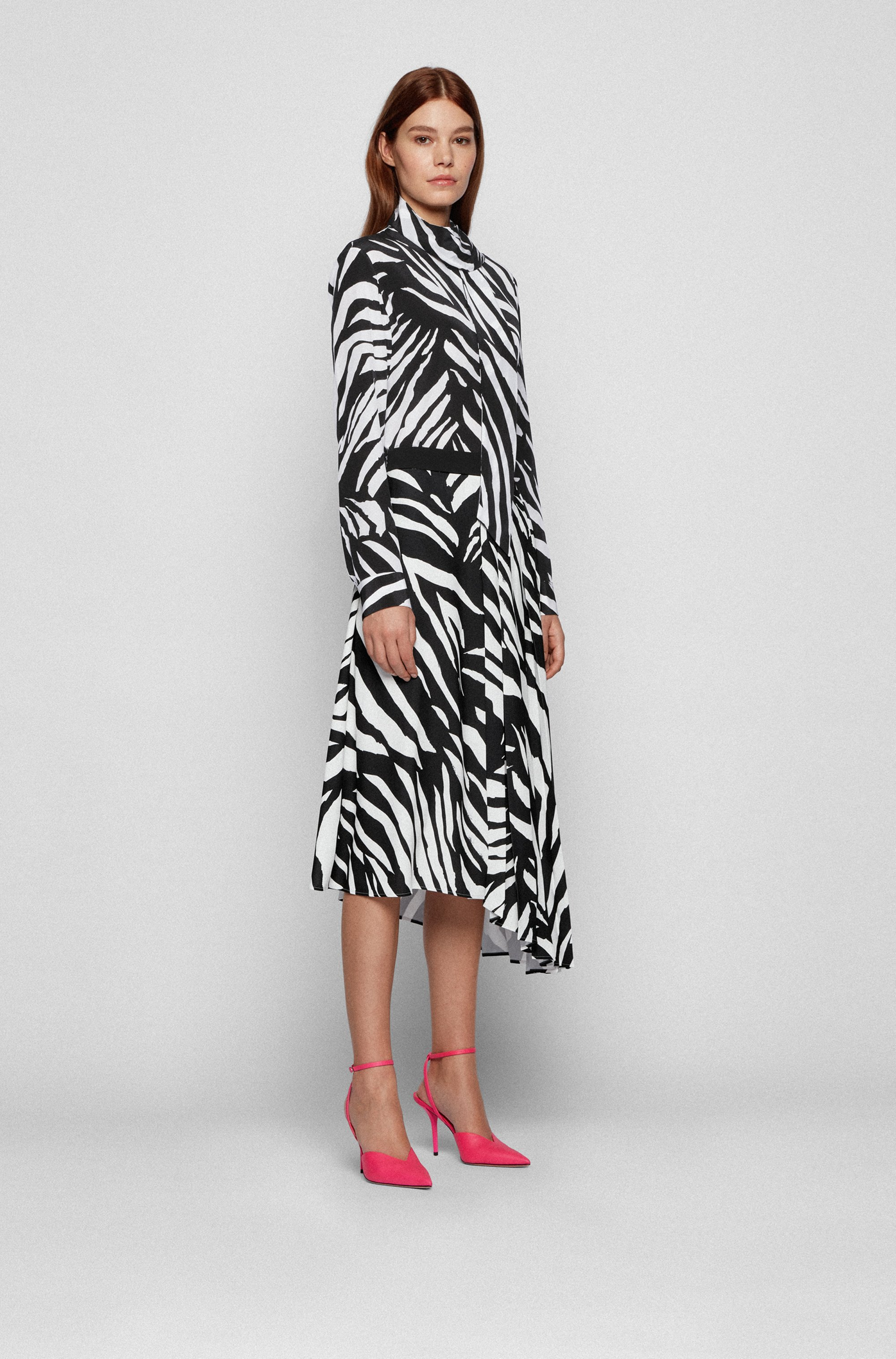 Falda midi con estampado de cebra y dobladillo asimétrico