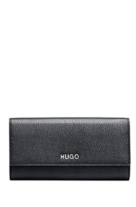 Continental wallet in grained leather with silver logo lettering, Black