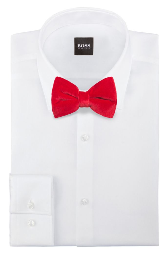 Bow tie in velvet