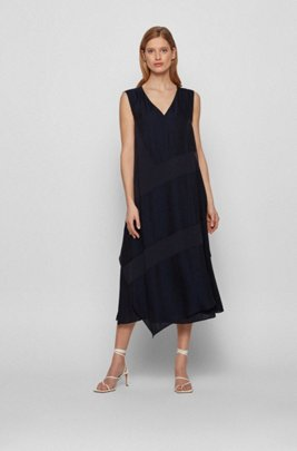 Silk-trimmed sleeveless dress in chiffon with keyhole closure, Black
