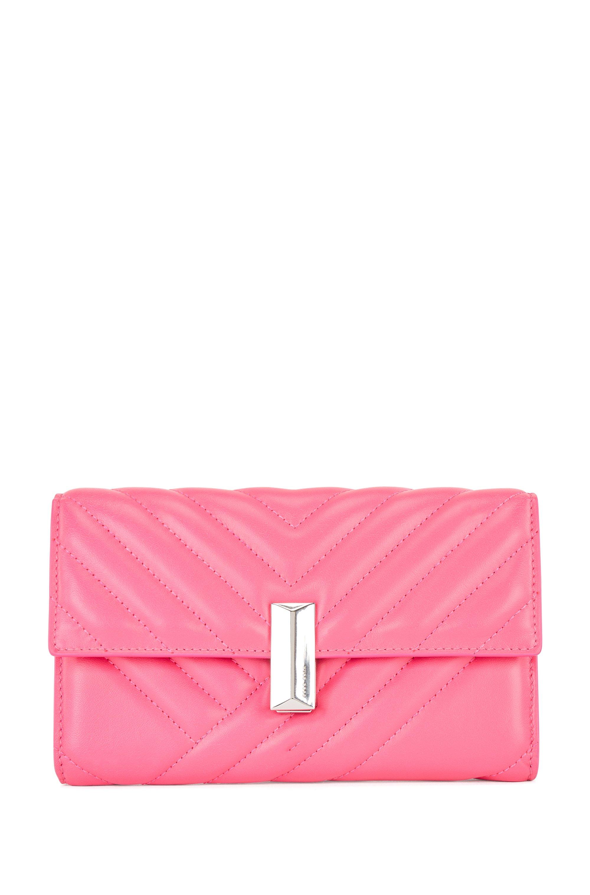 Bolso de mano de piel de napa guateada con muñequera de cadena desmontable, Pink