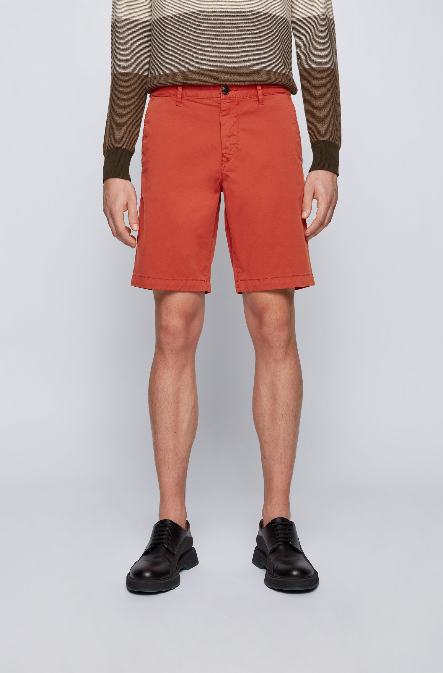 Slim-fit shorts in stretch-cotton twill, Red
