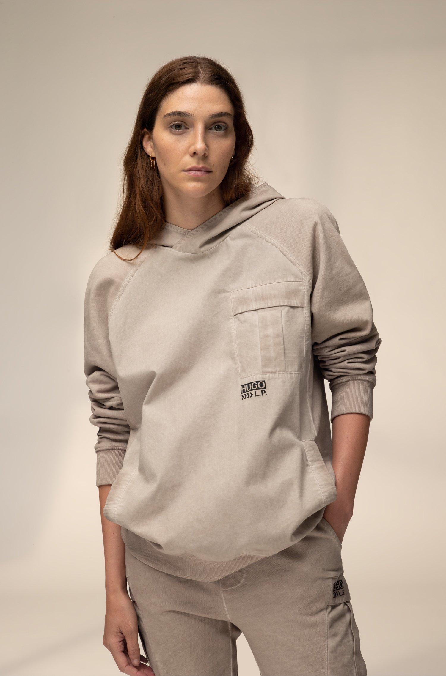 Unisex hooded sweatshirt in cotton with chevron-print logo, Beige
