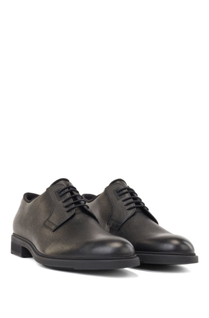 Italian-made Derby shoes in leather with Outlast® lining