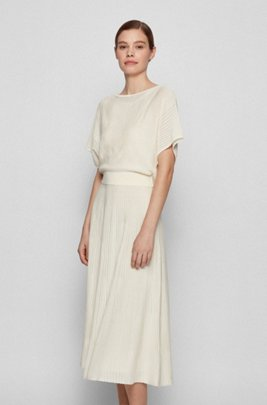 Short-sleeved knitted dress with striped structure, White