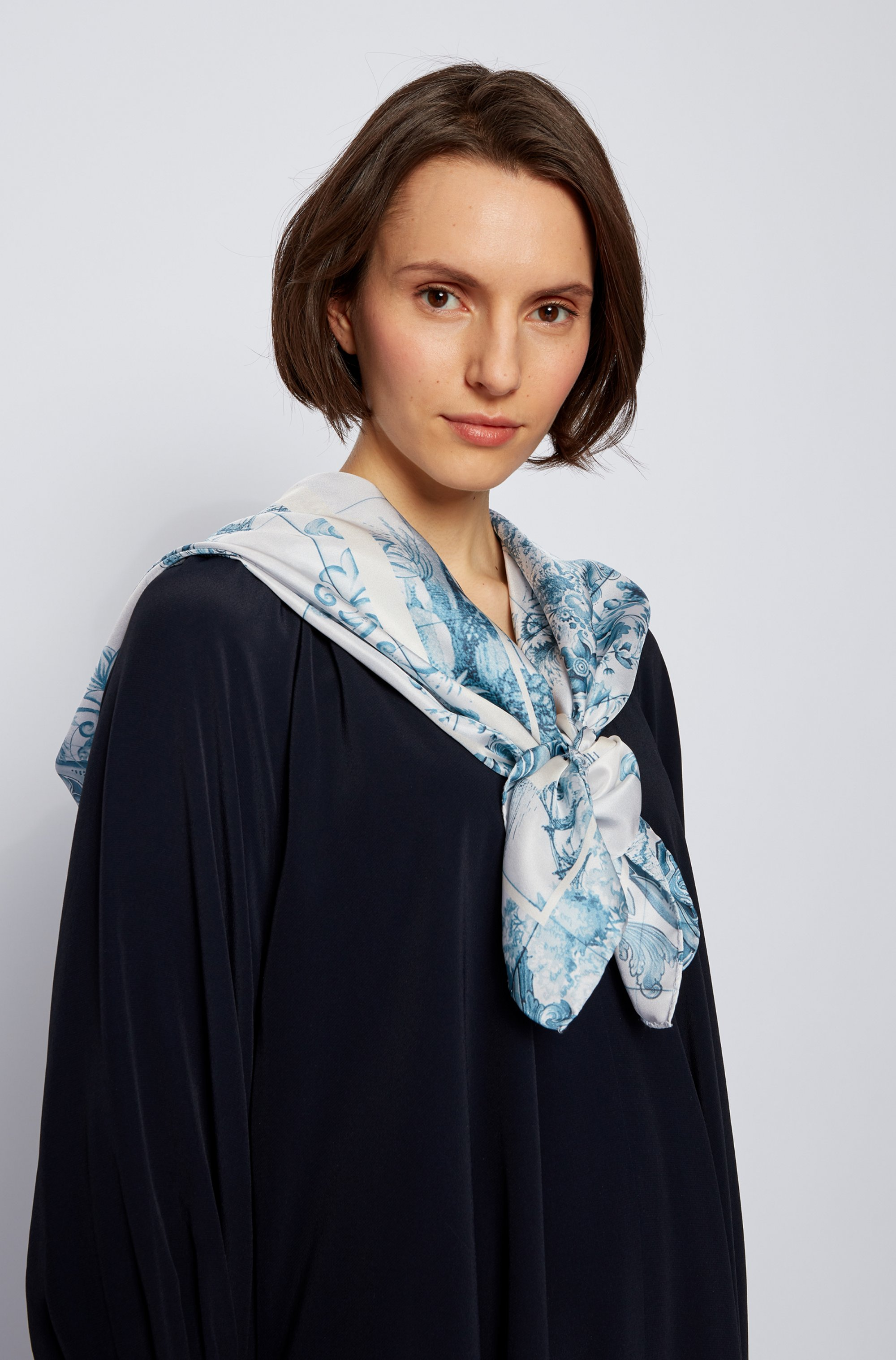 Square silk scarf with collection print