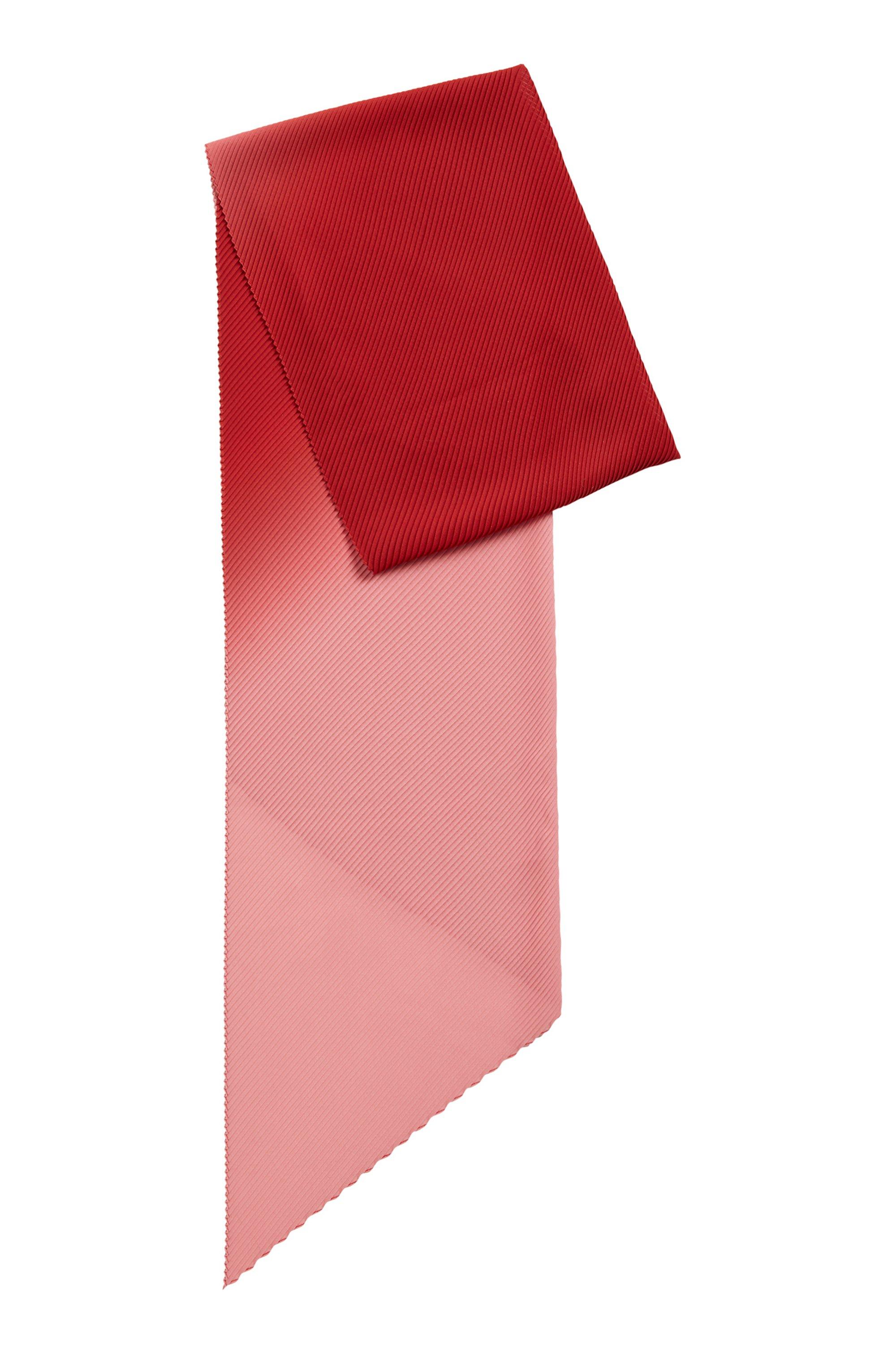 Dégradé scarf with plissé effect, Patterned