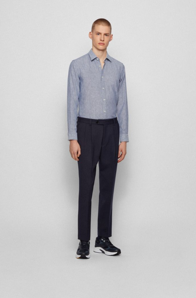 Garment-washed slim-fit shirt in patterned dobby