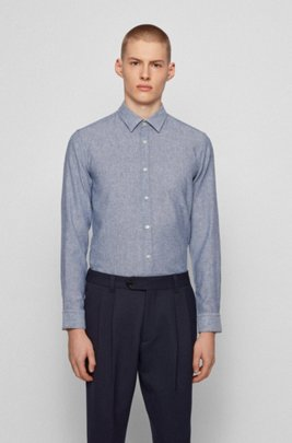 Garment-washed slim-fit shirt in patterned dobby, Blue