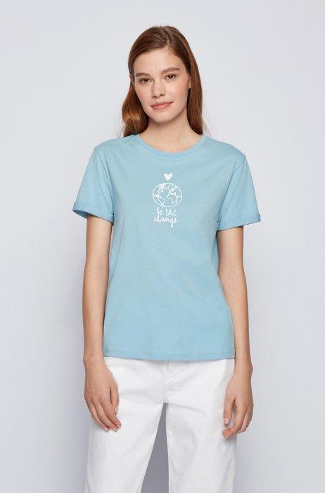 T-shirt Regular Fit en coton biologique avec inscription artistique, bleu clair
