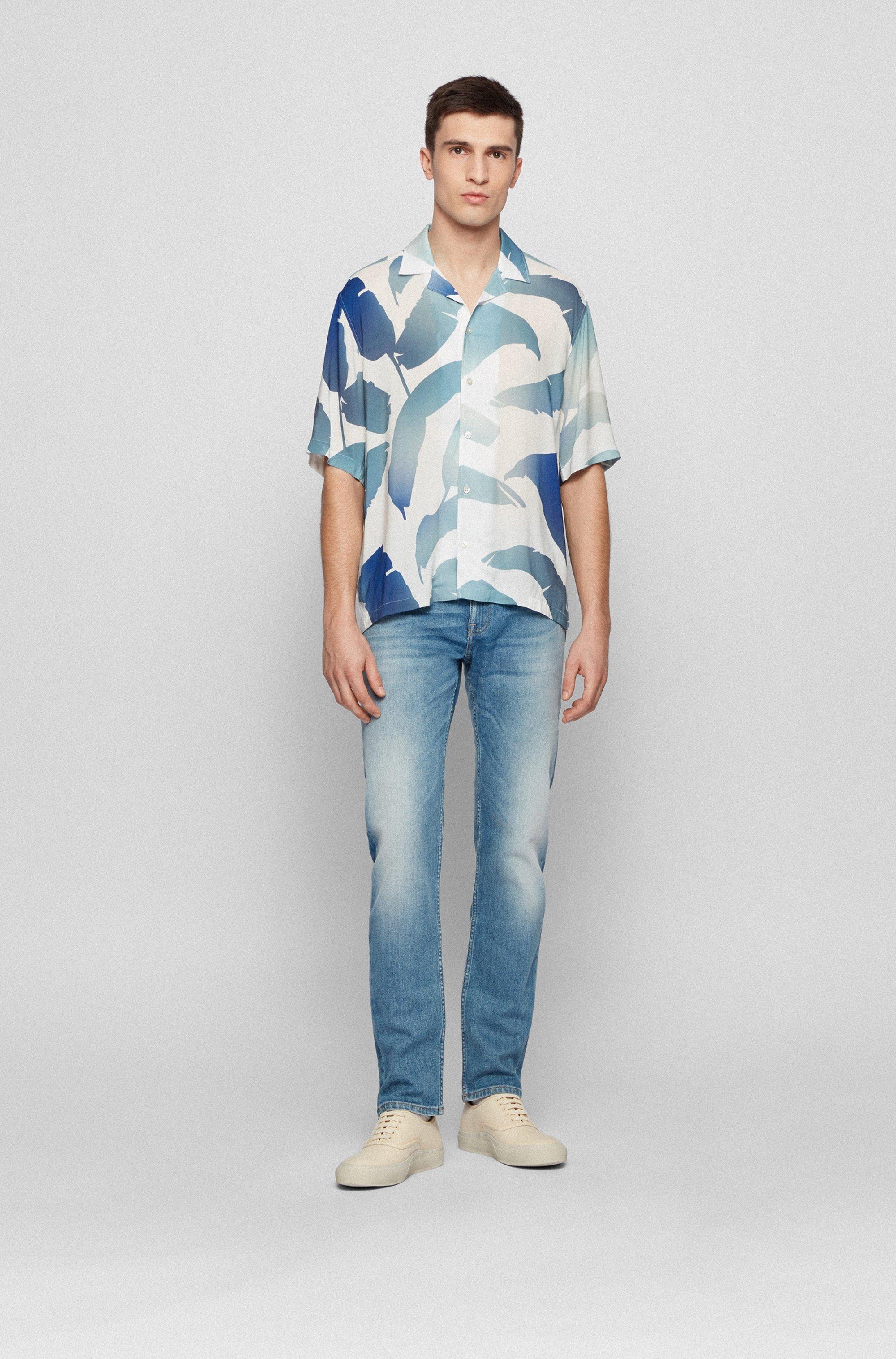Slim-fit jeans in washed comfort-stretch denim