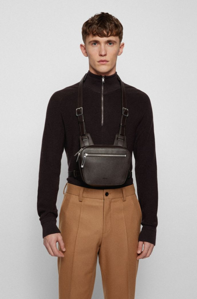 Belt bag in grained leather with embossed logo