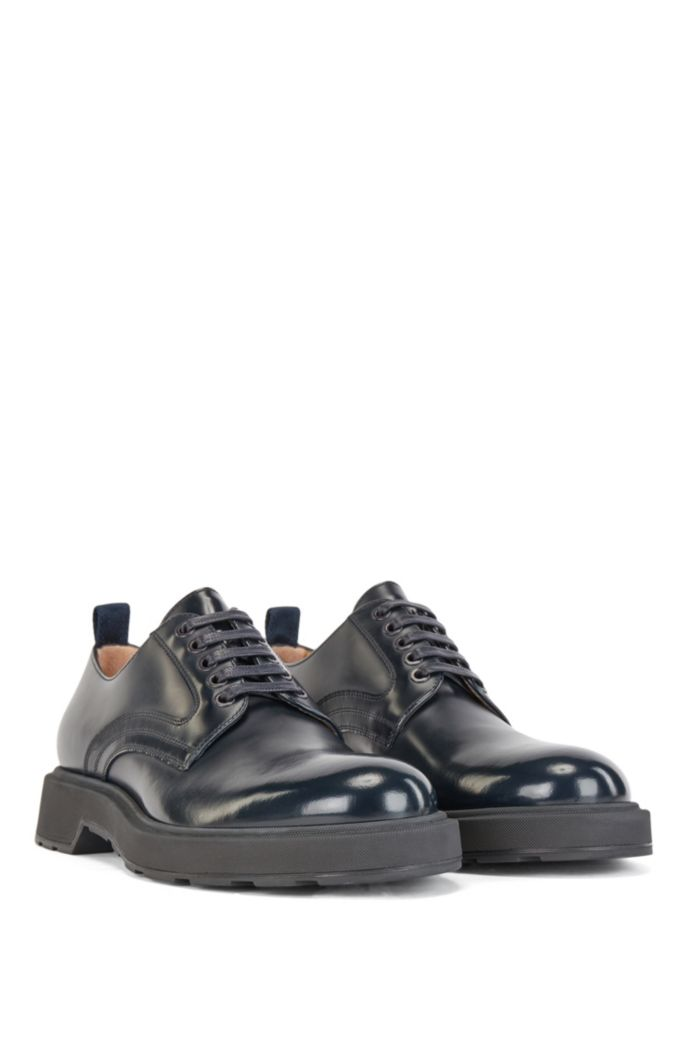 Derby shoes in calf leather
