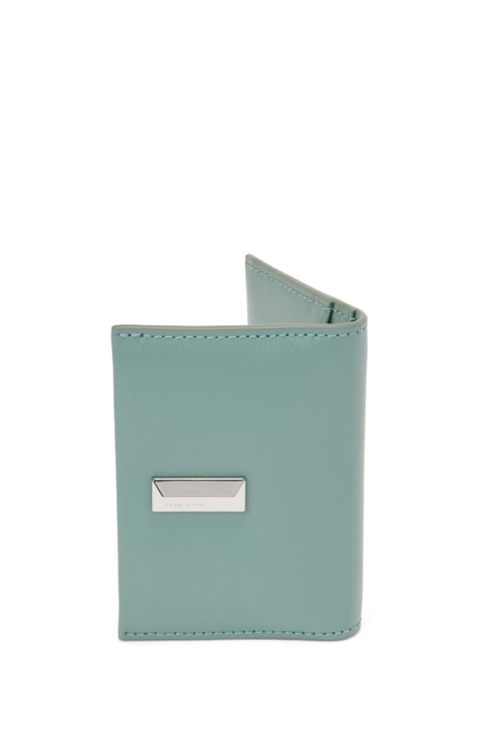 Structured-leather card holder with pyramid hardware