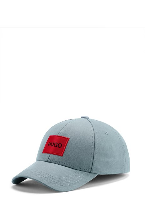 Cap in cotton twill with red logo label, Light Blue