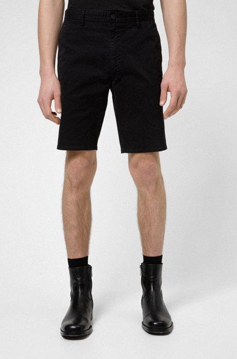 Shorts slim fit en tejido de gabardina de algodón elástico, Negro