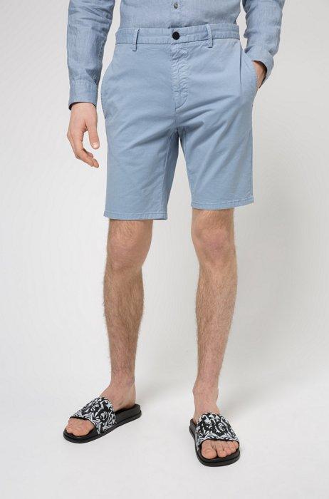 Slim-fit shorts in stretch-cotton gabardine, Blue
