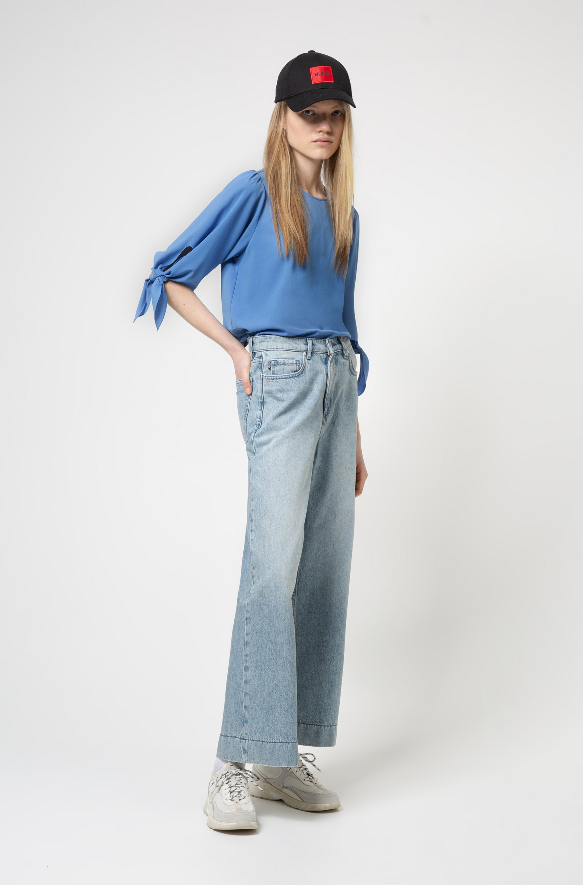 Tie-sleeve top in partially recycled stretch fabric