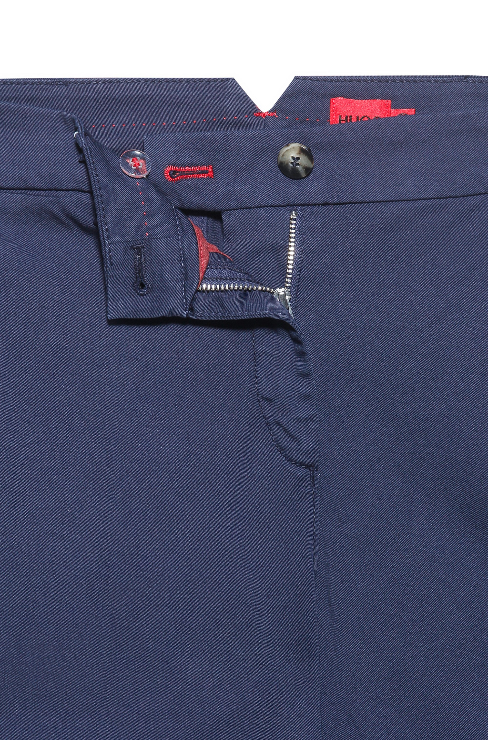 Regular-fit chinos in organic cotton with stretch