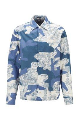 Sobrecamisa relaxed fit con estampado de camuflaje y azulejo, Azul estampado