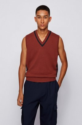 Sleeveless sweater in virgin wool with v neckline, Brown